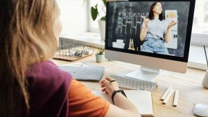 How Online Learning is More Effective Than a Normal One?